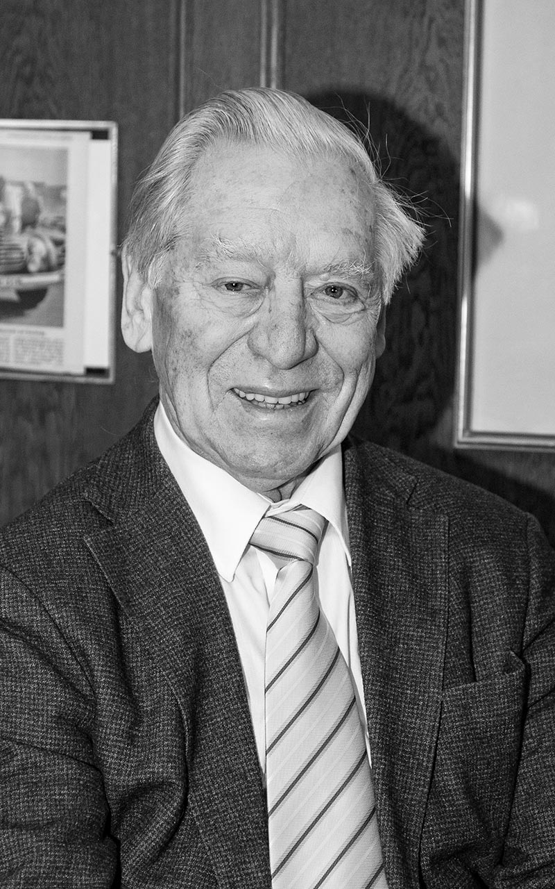 Dr. Klaus Bayerlein